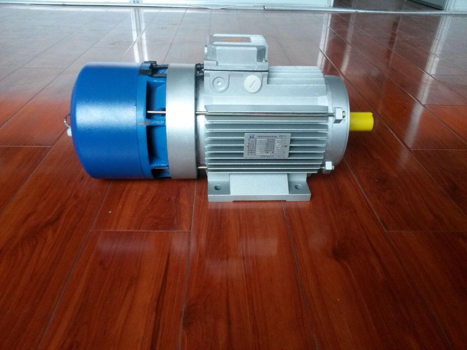 紫光刹车电机-清华紫光电机