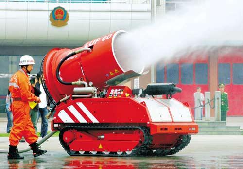 哈尔滨大火酿悲剧 消防机器人需提速发展